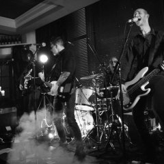 The Razors Band live performance 4