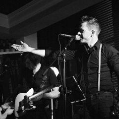 The Razors Band live performance 10