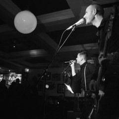 The Razors Band live performance 3