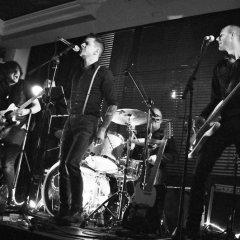 The Razors Band live performance 9