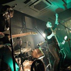 The Razors Band live performance 15