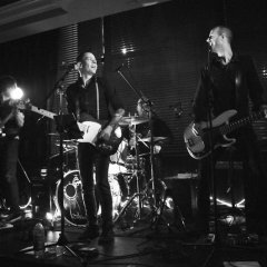 The Razors Band live performance 5