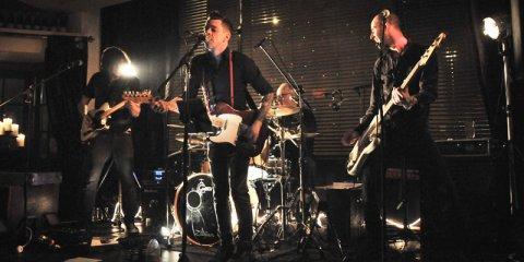The Razors Band live performance 6