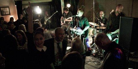 The Razors Band live performance 17